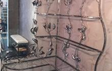 Напольная вешалка с подставками для обуви